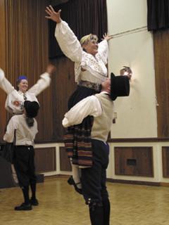 1204698994_Scandinavian Folk Dancing_240x180