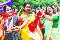 1204762227_Bangladeshi Dance group1_240x180